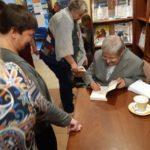 Spotkanie czytelników z panem Janem Tomkowskim